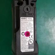 SAFETY DOOR LOCK SWITCH IDEC HS5L-VJ4 (중고-미사용품)