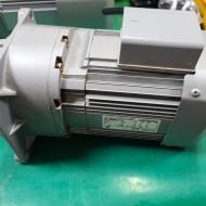 AC GEARED MOTOR GM-SF 0.4KW  3PH 1:10 기어드모타 중고