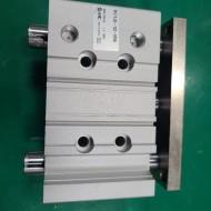 (A급-미사용품) SMC GUIDE CYLINDER MGPL40-10Z-M9N 가이드 실린더