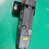 OMRON SAFETY DOOR SWITCH D4SL-N2NFA-D (중고) 옴론 안전 도어 스위치
